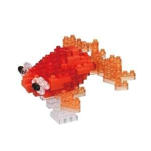 Microcostruzione Pesce Rosso